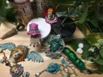 Kitty Miller, Relics and Resin: Create Fantasy Art Jewelry